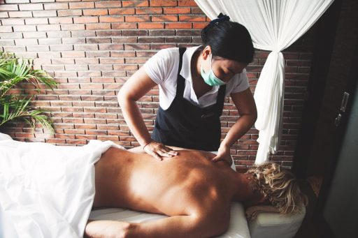 Get rid of your stress with a massage in Bali